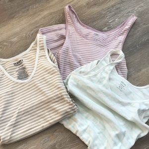Maternity tank top bundle